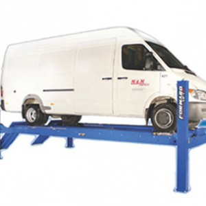 Forward-Lift-–-4-Post-Alignment-Lift-–-18,000-lb.-Lifting-Capacity