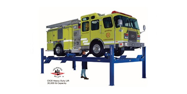 Forward-Lift-–-Four-Post-Heavy-Duty-Vehicle-Lift-–-30,000-lb.-Lifting-Capacity